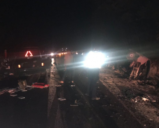 Журналисты узнали, что в Черновицкой области в ДТП попал пассажирский микроавтобус, погибла женщина – Черновцы новости