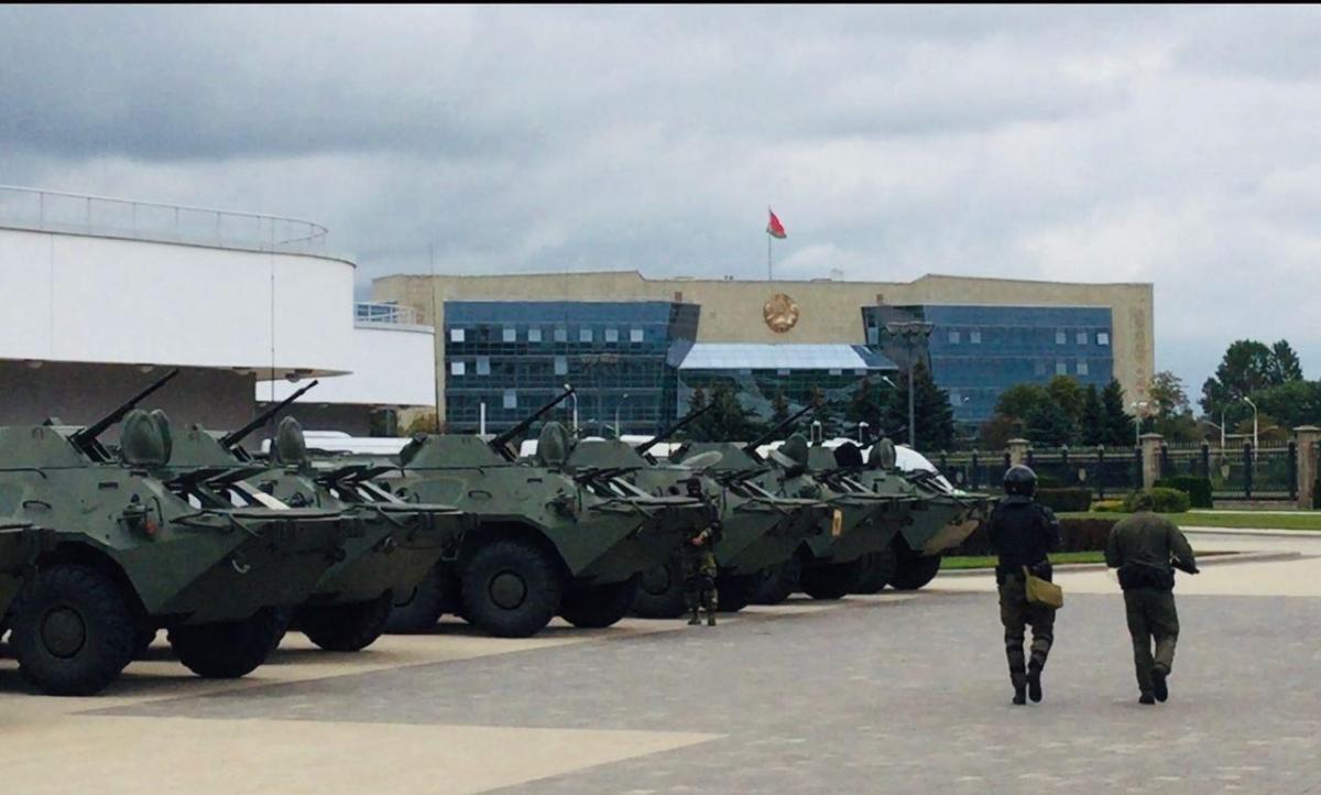 Військова техніка Білорусь