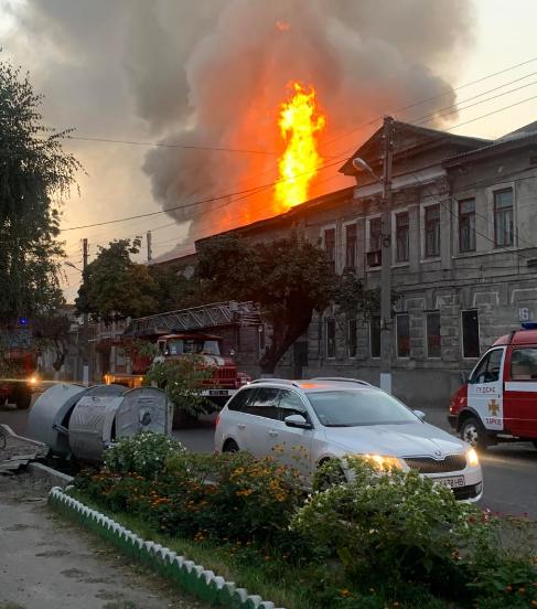 У Харкові в результаті пожежі в будинку загинула людина – Новини Харкова