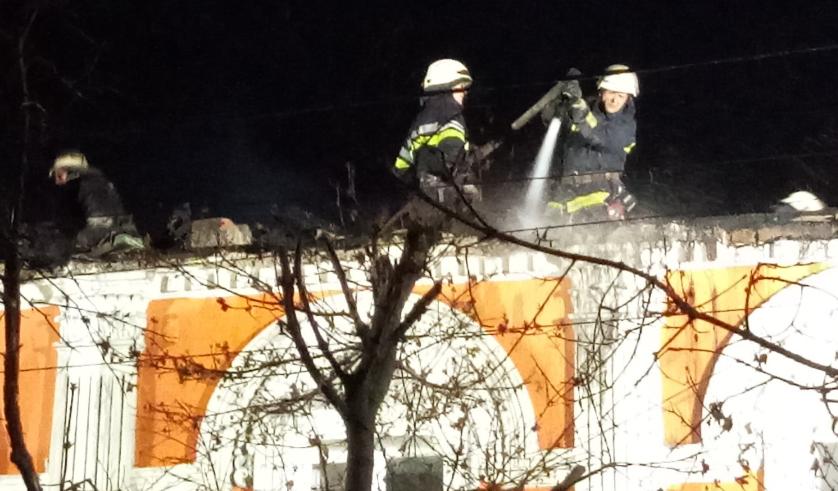 У результаті масштабної пожежі в Харкові загинули дві особи – Харків новини