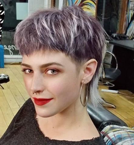 Модна жіноча стрижка маллет 2020 / Instagram