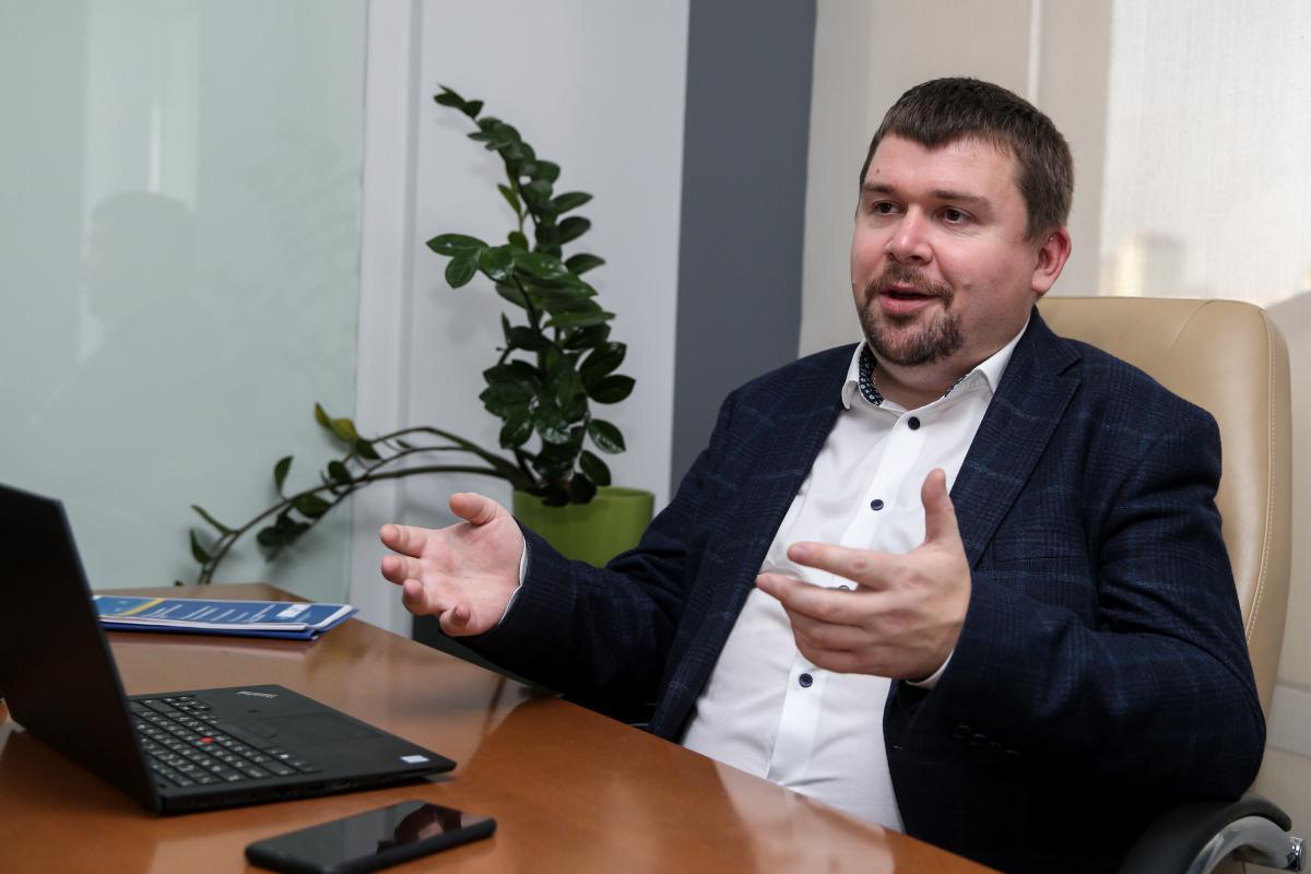 Артем Ковалев