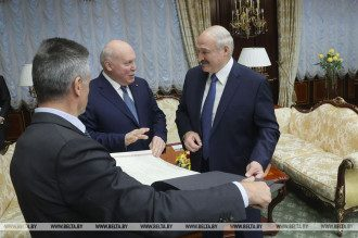 Лукашенко Мезенцев