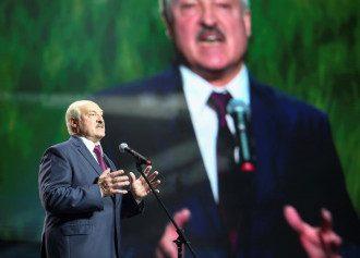 Лукашенку байдужа загроза відключення Білорусі від системи SWIFT