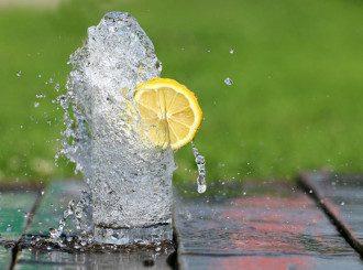 Вода_с_лимоном