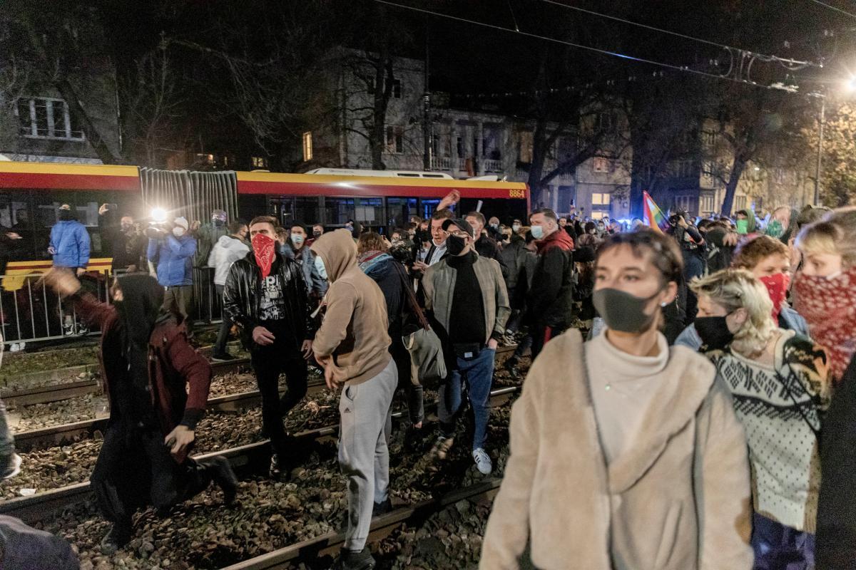 Протесты в Польше против запрета абортов
