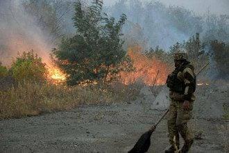 Пожары в Луганской области - кто виноват