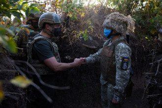 Опрос Зеленского 25 октября - стало известно, что спросят о Донбассе