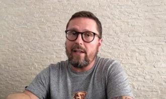 Анатолій Шарій звинувачується в держзраді - СБУ