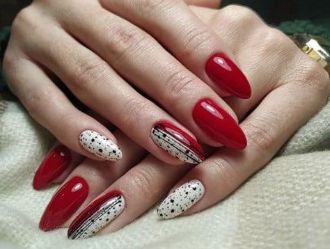 Павутинка на нігтях