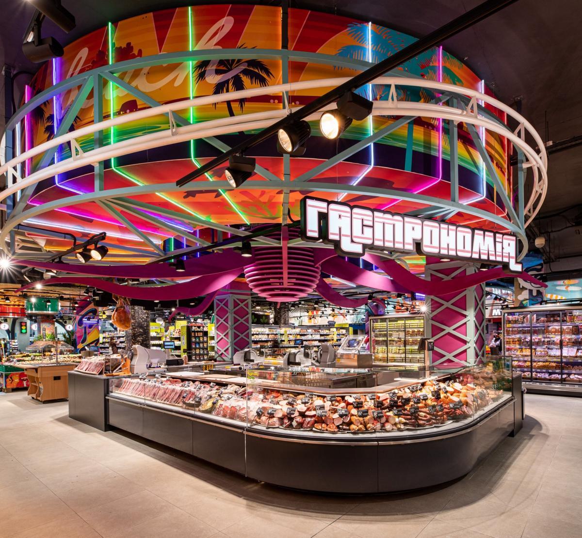 """Сеть супермаркетов """"Сильпо"""" оформила новый магазин в стиле ГТА"""