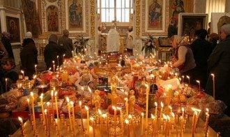 церковь_храм_родительская суббота_поминальный день_поминальный стол в церкви