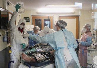 Коронавирус в Украине - в 10 областях больницы заполнены более чем на 70%