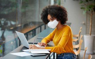 PuriCare / умная маска для очистки воздуха
