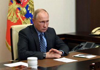 Гордон вважає, що Путін готує відхід з посади президента РФ – Путін новини
