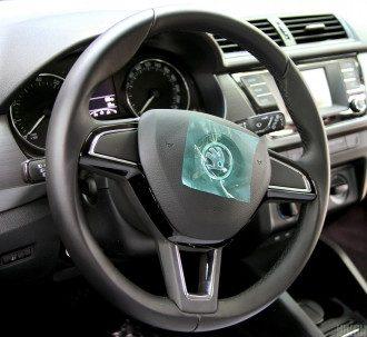 Лікар повідомив, що при наявності низки симптомів водіння протипоказане – Кому не можна водити машину