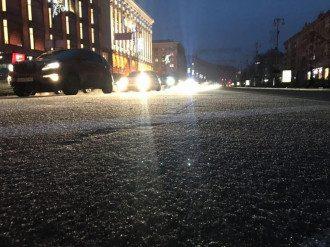 Киев сковали пробки из-за ледяного дождя / Facebook