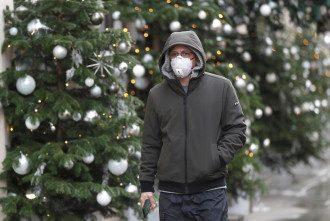 Ляшко назвал способ не заразиться коронавирусом на Новый год / REUTERS