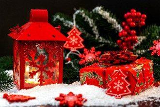 Привітання з Різдвом 25 грудня - коротка проза, вірші та листівки