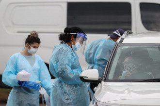 Коронавирус стал опаснее / Reuters