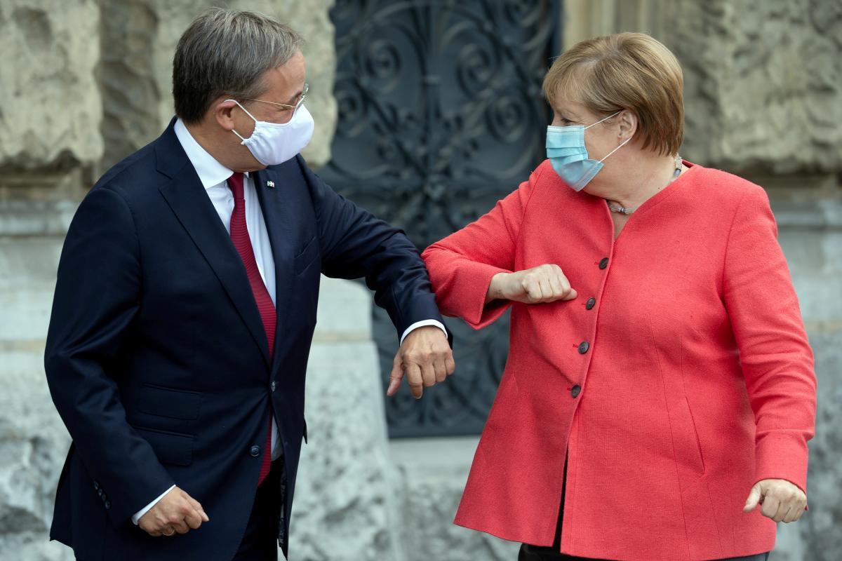 Армин Лашет, Ангела Меркель