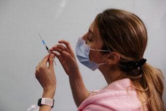В Украине до лета на коммерческом рынке может появиться легальная вакцина от COVID-19, поделился Степанов – Вакцина коронавирус