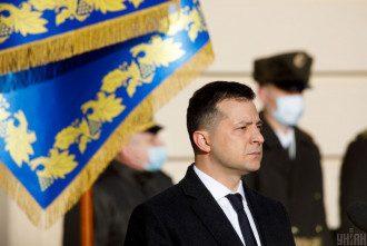 Зеленский попросил помощи союзников в НАТО