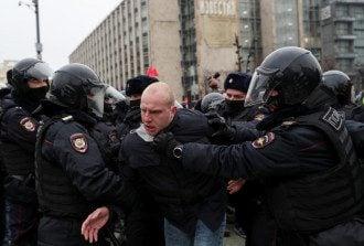 У Москві на акції протесту на підтримку Олексія Навального затримано сотні людей