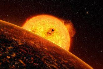 Крупнейший за годы всплеск активности Солнца спровоцирует мощную магнитную бурю