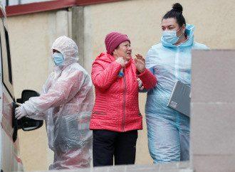 Сколько украинцев заболели COVID-19 повторно