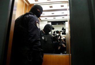 Силовики задержали Олега Навального и Соболь – Навальный новости сегодня