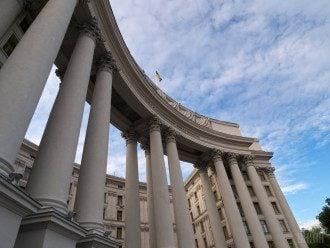 З РФ висилають затриманого консула України