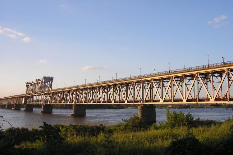 Крюківський міст