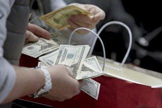 Астролог сообщил, что на протяжении четырех дней февраля противопоказан денежный риск – Гороскоп на февраль 2021 года