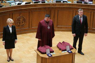 Дом конституционного судьи Тупицкого обыскивают