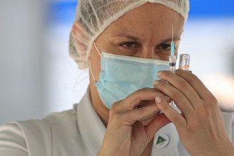 CoviShield, AstraZeneca і Pfizer - названі дати поставок в Україну
