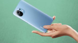 Начались официальные продажи Xiaomi Mi 11 / AliExpress