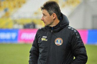 Шумський поділився, що під час матчу отримав жовту картку після прохання щодо мови