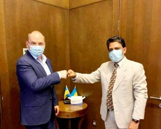 Степанов заказал вакцину от коронавируса, которую бедным странам просто дарят / facebook.com/IndiaInUkraine