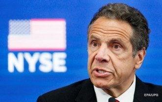 Губернатор Нью-Йорка попал в скандал