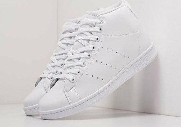 Модные кроссовки весна-лето 2021