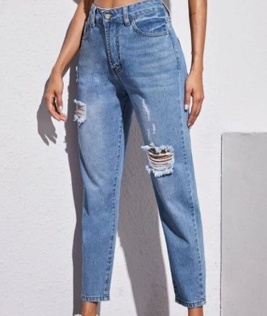 Рваные джинсы в моде / Instagram
