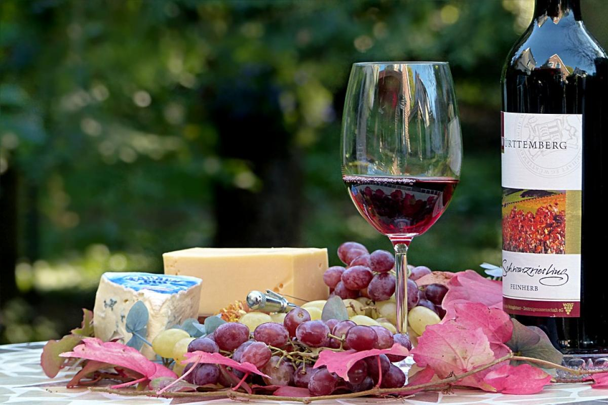 вино, сыр