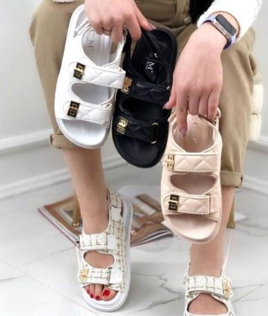Модные женские туфли на низком ходу 2021