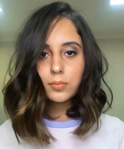 Стрижки на средние волосы 2021
