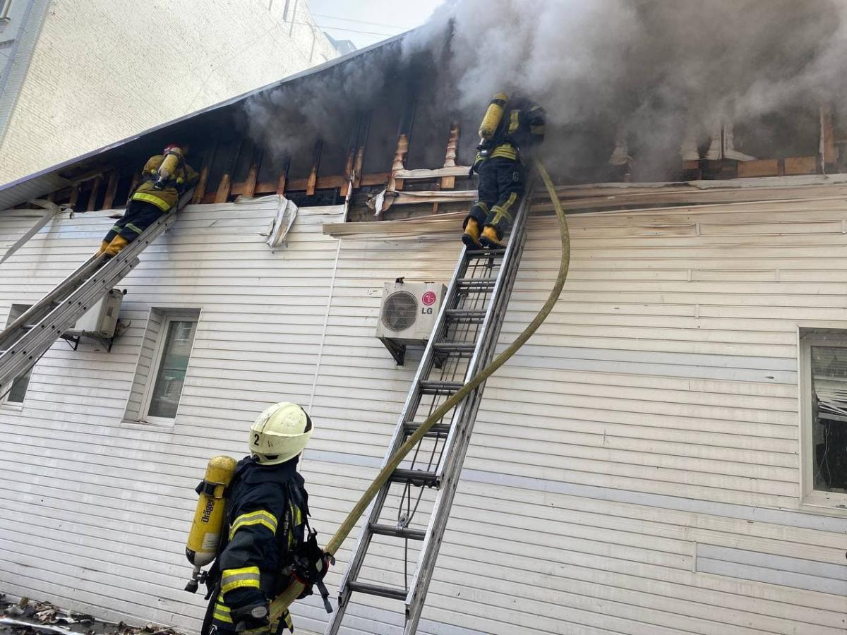 У ресторані столиці сталася потужна пожежа