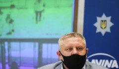 Боровшийся за флаг Украины в Горловке Крищенко подал в отставку с поста главы полиции Киева
