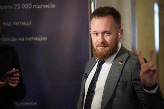 Слуга народу Камельчук поскандалив на ТБ