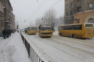 Сніг, маршрутка