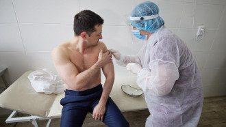 Зеленський, вакцинація